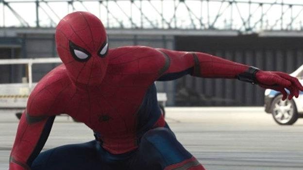 Lanzan nuevo póster de 'Spider-Man: Homecoming' con guiño a 'Los Vengadores'