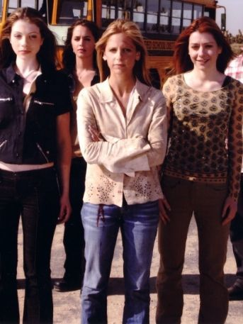 Elenco de 'Buffy, la Cazavampiros' protagoniza emotivo reencuentro tras 20 años (VIDEO)