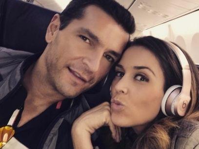 http://espectaculos.televisa.com/farandula/noticias/1007311/jacqueline-bracamontes-esposo-manda-casa-hijas-espectaculos/