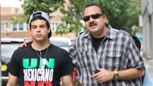 ¿Se deslinda? Pepe Aguilar asegura que no es alcahuete de su hijo