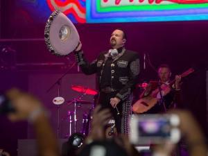Pepe Aguilar, La Ke buena y su gran fiesta en el Azteca