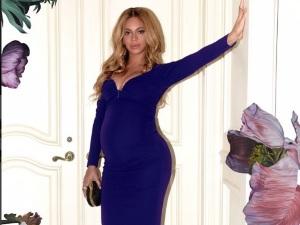 Beyoncé le dedica romántica canción a Jay Z por su aniversario