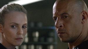 RESEÑA: Dom Toretto regresa muy traicionero en Rápidos y Furiosos 8