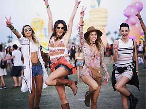 10 fotos que prueban que Alesandra Ambrossio es la máster del look Coachella