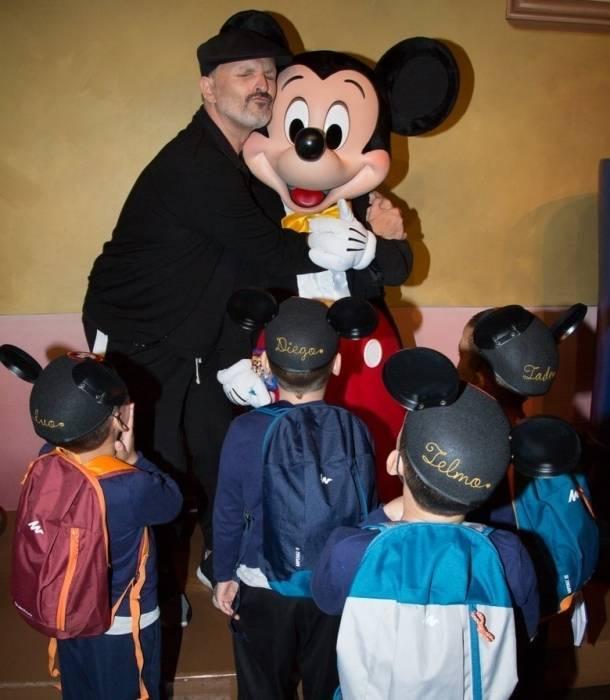 Miguel Bosé muestra por primera vez a sus hijos