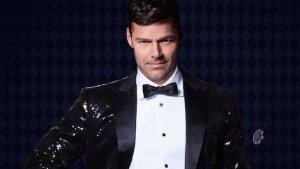 ¡En traje de baño! Ricky Martin luce sensual en American Crime Story