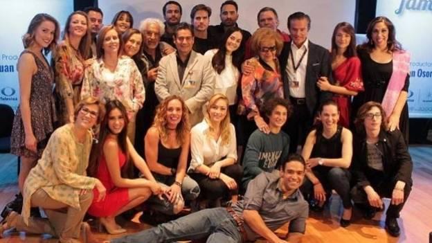 ¡Comienzan las grabaciones de la telenovela 'Mi Marido Tiene Familia'! (FOTOS)