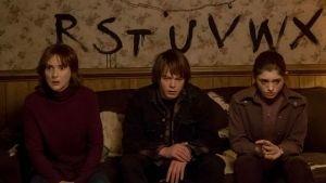 Estrella de Stranger Things se declara bisexual (FOTO)
