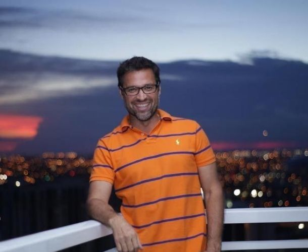 Ricardo Álamo pasó de actuar en telenovelas a ser conductor de Uber