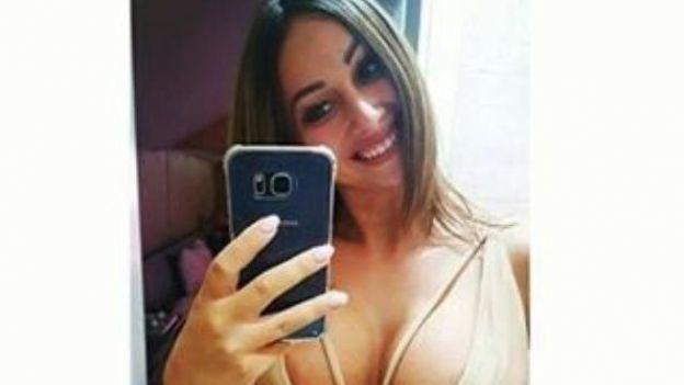Despiden a sexy conductora de TV por dedicarse a la prostitución