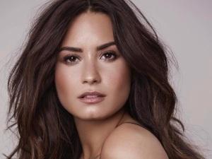¡Oh por Dios! Demi Lovato casi enseña partes íntimas (FOTOS)