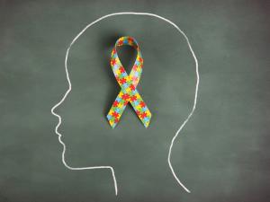Autismo: La enfermedad de la que no debes vivir alejado (Video e infografía)