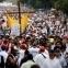 Opositores marchan para honrar a muertos en las protestas