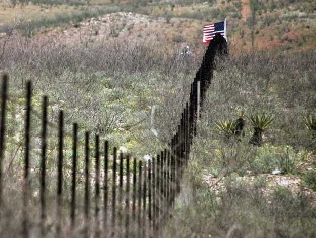 Trump insiste en que México pagará el muro fronterizo