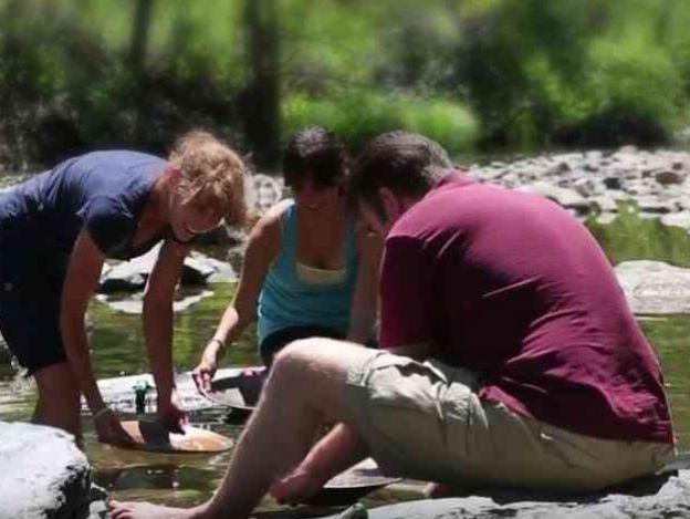 Busca oro en los ríos de Whiskeytown