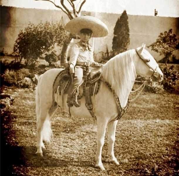 Alejandro Fernández era un niño muy tierno