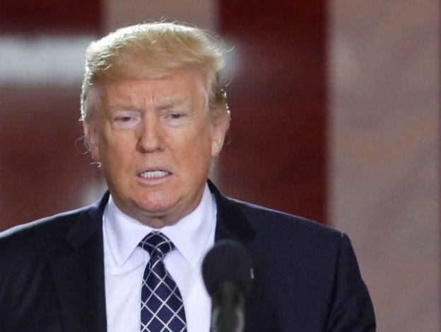 Juez bloquea orden de Trump para quitar fondos a 'ciudades santuario'