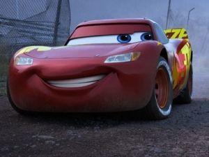 cars 3 nuevo trailer Rayo McQueen carrera disney pixar espectaculos