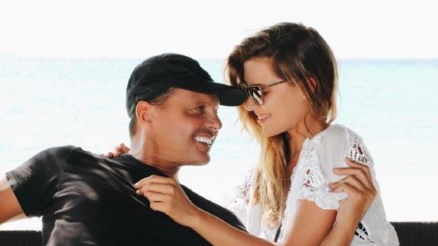 Michelle Salas, contenta de que Luis Miguel conviva con sus fans