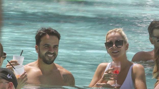 Luis Fonsi estaba acompañado de su esposa