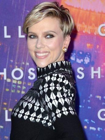 FOTO: ¡OMG! Conoce a la doble de Scarlett Johansson
