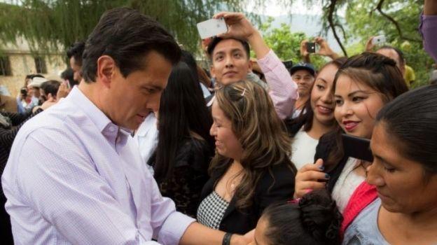 Peña Nieto felicita a los niños en su día