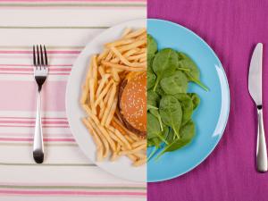 ¡Para que le bajes! 4 tips para controlar tus antojos por la comida chatarra