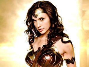 Gal Gadot protagoniza el nuevo e increíble póster de 'Mujer Maravilla' (FOTO)