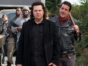 Actor de 'The Walking Dead' abandona redes sociales... ¡por amenazas de muerte!