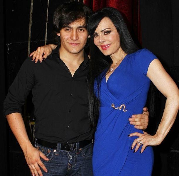 Maribel Guardia publica foto junto a su nieto