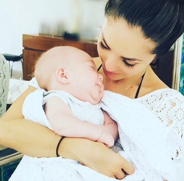 Anahí presumió la cara de su hijo Manuel en Instagram