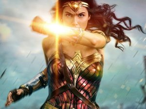 Diana se prepara para pelear en tráiler final de Mujer Maravilla