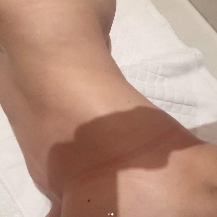 Madonna se desnuda en redes sociales y publica candente foto