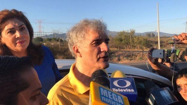 Mireles ingresa a un hospital de Morelia por taquicardia