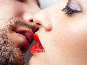 ¡3 súper tips para mejorar tu forma de besar!