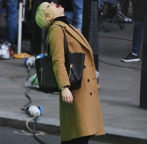 Jennifer Lawrence hace caras raras en el rodaje de