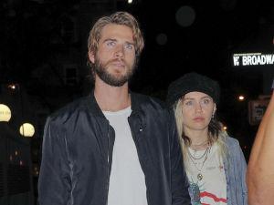 ¡Miley Cyrus y Liam Hemsworth causan revuelo en cita romántica!