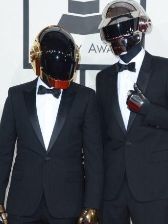 ¡Revela su identidad! Integrante de Daft Punk aparece en público sin casco