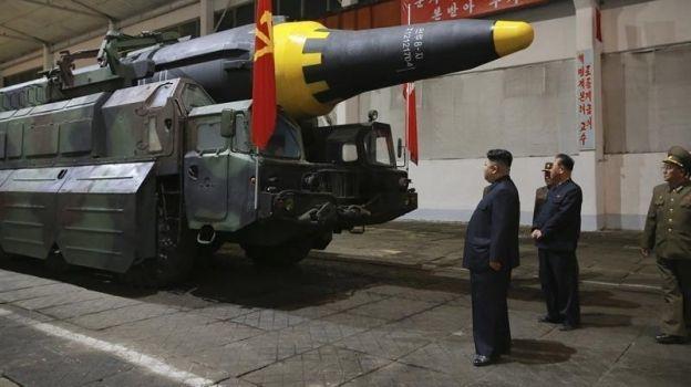 Corea del Norte confirma el éxito del lanzamiento de su último misil