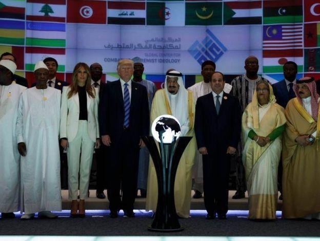 Trump inaugura con el rey saudí un centro para luchar contra el extremismo
