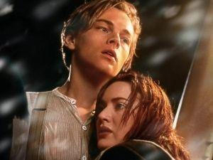 Hombre asegura ser 'Jack Dawson' y demanda a director de 'Titanic'