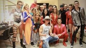 Fey reemplazarían 90s Pop Tour Lynda berrinches grosera Ari Borovoy espectáculos
