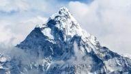 Escalar el Everest puede tomar hasta 4 días y el oxígeno es sumamente necesario para superar el ascenso que es un acto sobrehumano