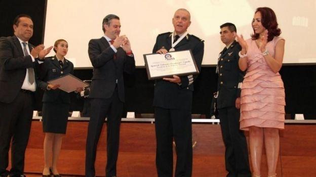Aurelio Nuño reconoce preparación académica de militares