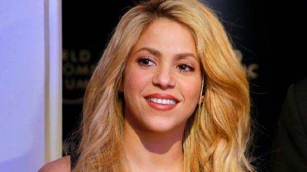 Conoce a la doble de Shakira, ¡es igualita!