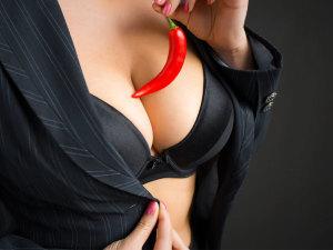 Fantasías sexuales: ¿Cómo decirle a la pareja que las hagan?