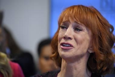 Kathy Griffin asegura tener su vida arruinada.
