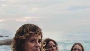 Las hijas de Abril, una historia real de mujeres maduras