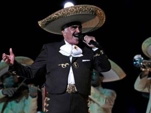 ¿Sale del retiro? Así muestra Vicente Fernández su estado de salud