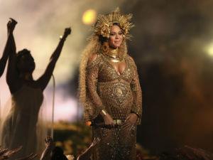 ¡OMG! Gemelos de Beyoncé deben permanecer en el hospital